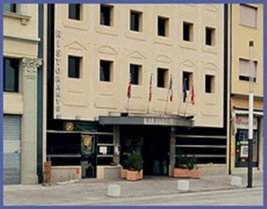 Photo of Hotel Lombardia Monfalcone