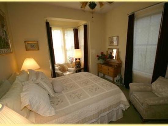Vine Street Inn: Guest Room