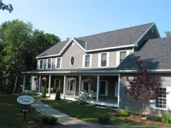 Silver Service Inn Bed & Breakfast: Exterior -OpenTravel Alliance - Exterior View-