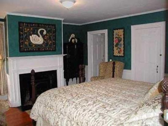 Pepper House Inn: Guest Room