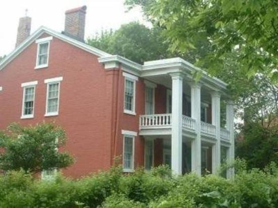 Photo of The Solon Langworthy House Dubuque