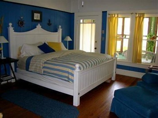 Inn at Folkston: Lighthouse Guest Room