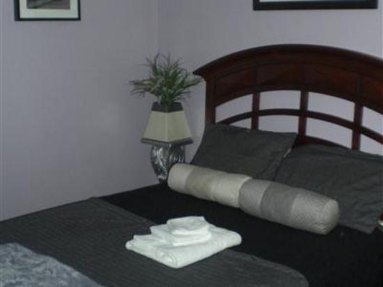 Anastasia's Bed & Breakfast: Guest Room -OpenTravel Alliance - Guest Room-