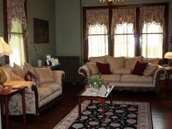 The Alexander Benjamin House Country Lodging: Interior -OpenTravel Alliance - Lobby View-