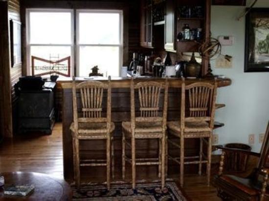 Fling Family Farm B&B: Interior -OpenTravel Alliance - Lobby View-