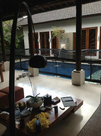 Lakshmi Villas: Villa Kawi Dining area