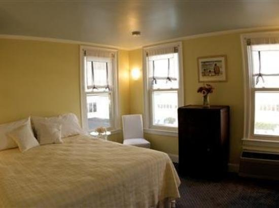 Grand Victorian @ Spring Lake: Guest Room