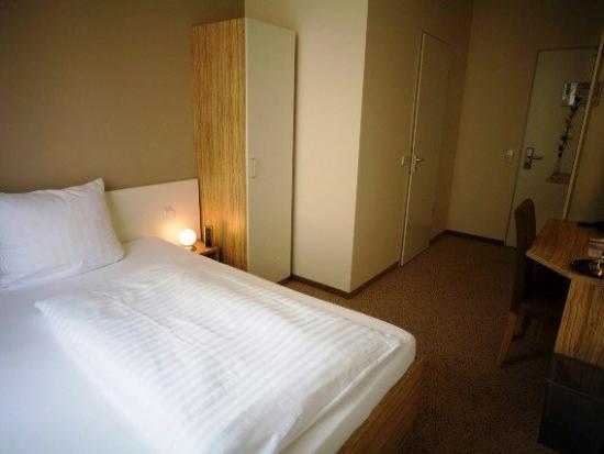 nu hotel berlin: Guest Room