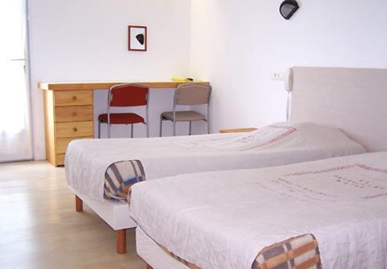 Hotel Des Argousiers : Twin Room
