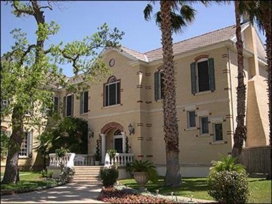 Mosheim Mansion