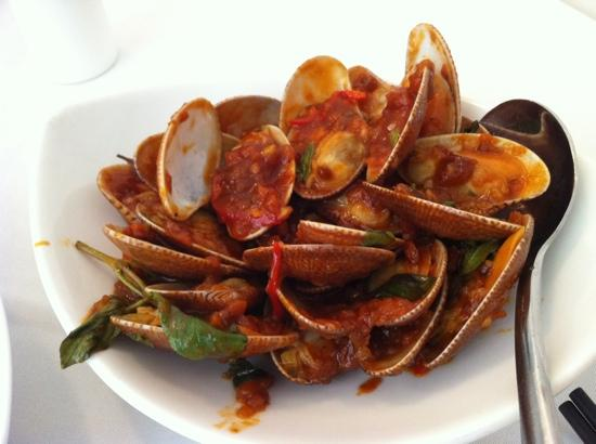The Chairman: Wild Clams Stir Fried with Chili Jam and Basil - yummy ...