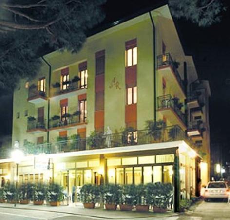 Ragno Hotel: EXTERIOR VIEW