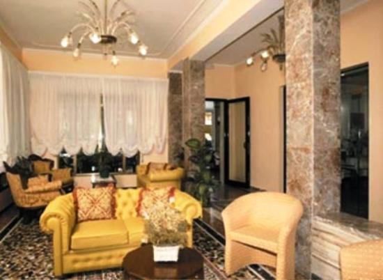 Ragno Hotel: RECEPTION