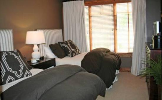 Shooting Star at Empire Pass: Sh Bedroom