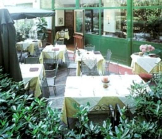 Hotel Italia: TERRACE