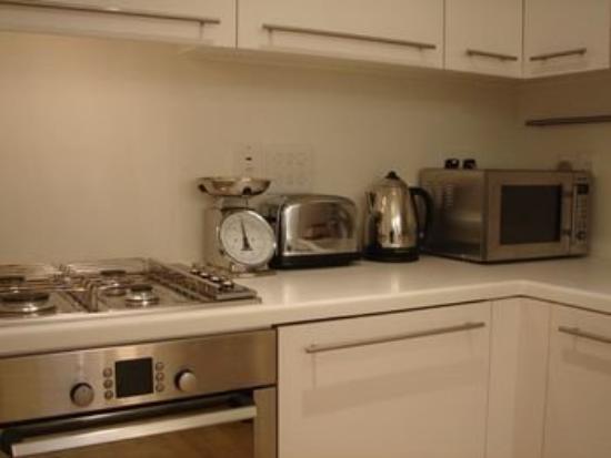 Clarendon Serviced Apartments - Brushfield Street : Brushfield Kitchen