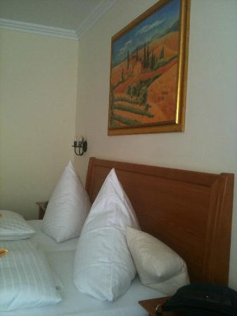Hotel Gasthof Höttl: bed