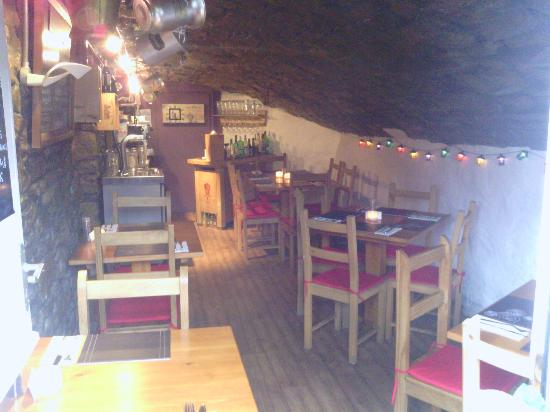 The Italian Restaurant: The Cosy Intimate Restaurant