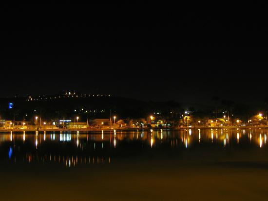 Sete Lagoas Residence Hotel: vista notturna da camera holtel