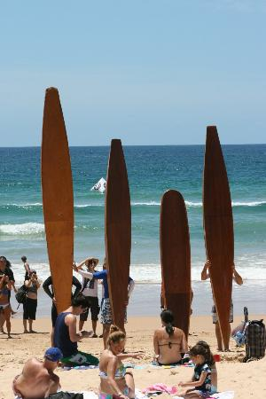 Manly Beach : old school surfing