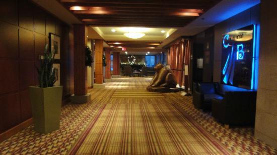 Hilton Whistler Resort & Spa: Hallway