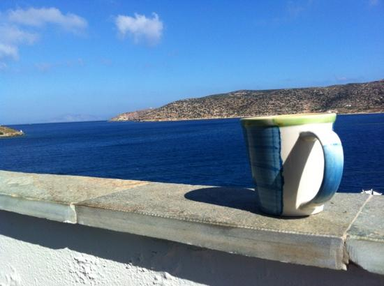 Eleni Studios: Coffee on the balcony with great see view