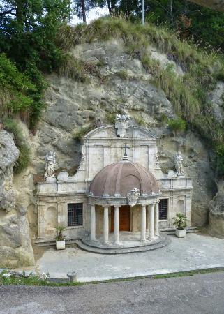 Ascoli Piceno, إيطاليا: sant'emidio alle grotte 