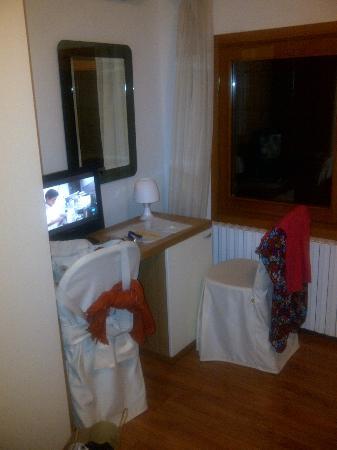 Hotel Antigo Trovatore: HABITACION
