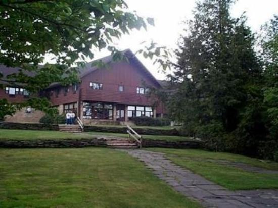 Blackwater Falls State Park Lodge: Exterior