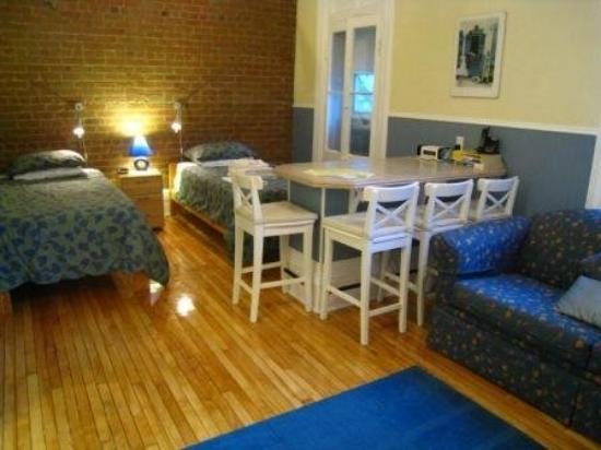 University Bed & Breakfast : Blue Suite