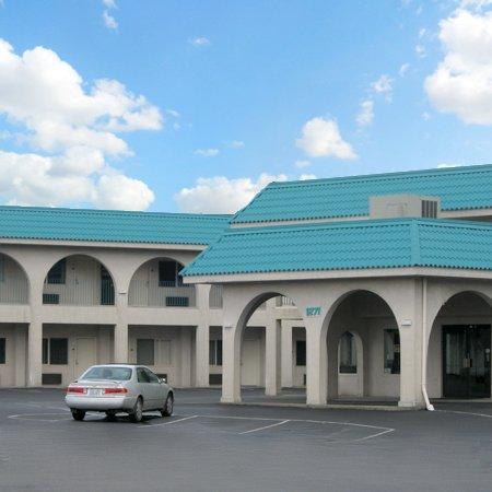 Timberland Inn & Suites: IMG1