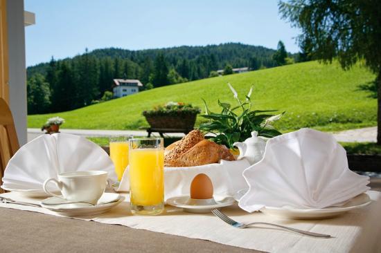 Hotel Restaurant Peter : Frühstücksraum