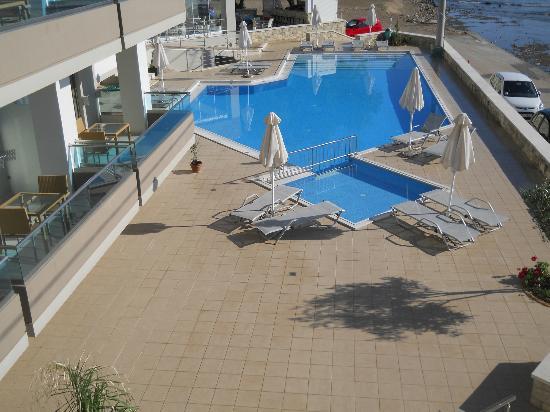 Nautilus Bay Hotel: la piscina