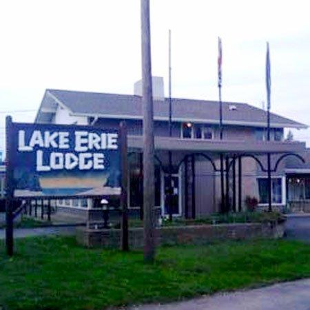 ‪ليك إيري لودج إيري: Lake Erie Lodge Erie PAExterior‬