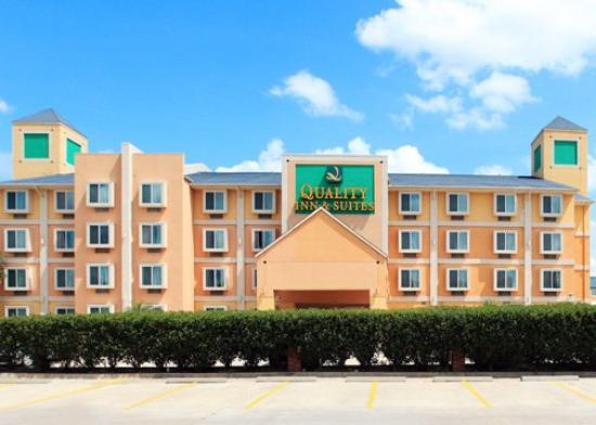 Quality Inn & Suites West Chase