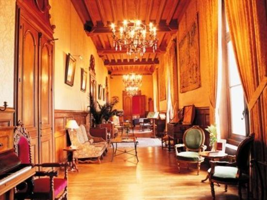 Chateau De La Tremblaye