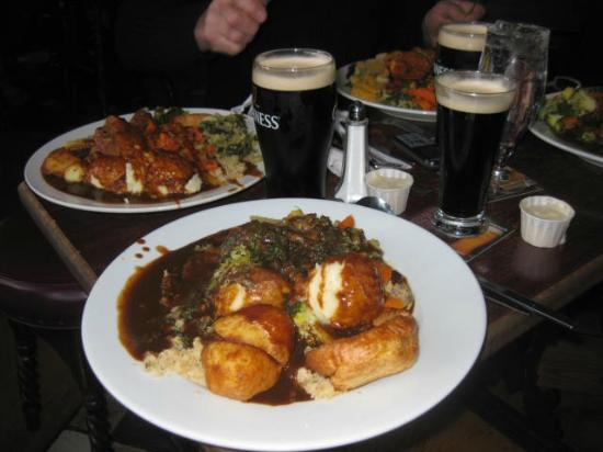 O'Neills Victorian Pub & Townhouse: Beef Carvery