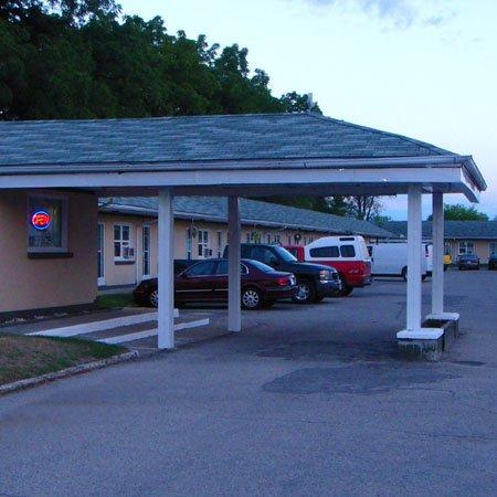 Fauld's Motel Sarnia