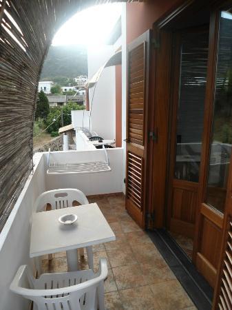 Residence-Hotel Baia Portinenti: balcone