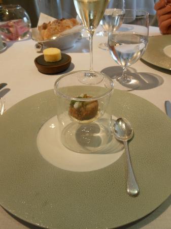 Petrus: pork cheek and tartare sauce amuse bouche