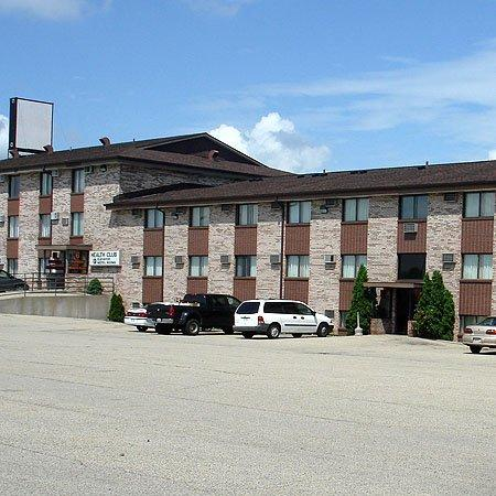Ridge Motor Inn: Exterior -OpenTravel Alliance - Exterior View-