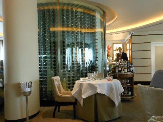 Petrus the wine cellar & the wine cellar - Picture of Petrus London - TripAdvisor