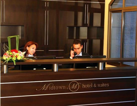 Midtown Hotel and Suites: Reception