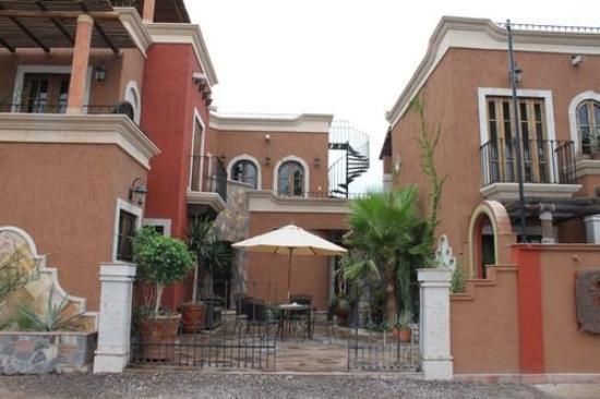 Posada del Cortes Hotel
