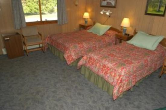 Magic View Motel: Double Bedwith Twin