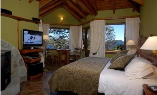 Charming Luxury Lodge & Private Spa: Guest Room