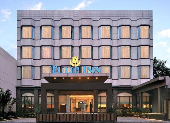 Tulip Inn Gurgaon : Facade