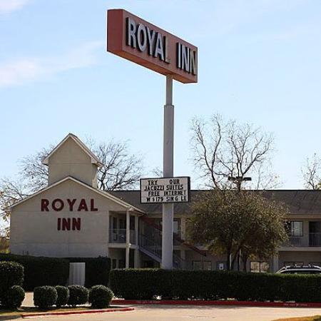 Royal Inn Dallas NW: Exterior (OpenTravel Alliance - Exterior view)