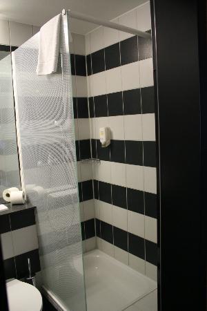 Parkhotel Schmid: La douche