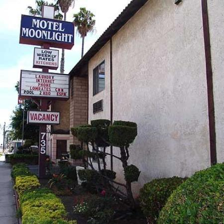 Motel Moonlight: Exterior (OpenTravel Alliance - Exterior view)